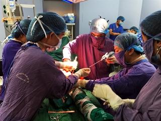 Chụp bằng điện thoại  - Khoa phẫu thuât  bênh viên trung ương quân đội 108 mổ thành công nhiều ca mổ  hiểm nghèo -2-