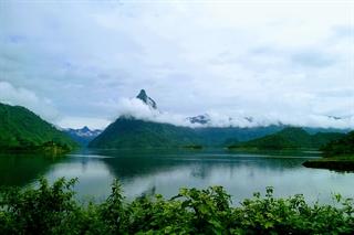 Hồ trên núi (thủy điện Tuyên Quang)
