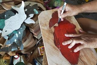 Giữ gìn nghề làm khuôn bánh trung thu truyền thống